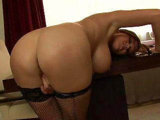 Slutty MILF In Wild Solo